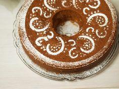Joulukakku Christmas cake Doughnut, Cake, Desserts, Christmas, Food, Pie Cake, Tailgate Desserts, Pastel, Navidad