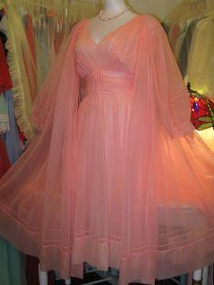 Vintage Nightgown Robe Set  http://stores.ebay.com/SweetCherry-Vintage-Lingerie