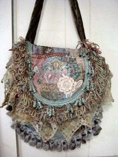 Crazy quilt boho purse made by Pat Winter Unique Purses, Handmade Purses, Gypsy Bag, Carpet Bag, Lesage, Boho Bags, Vintage Bags, Beautiful Bags, Purses And Handbags