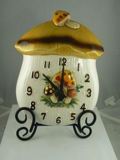 "Sears ""Merry Mushroom"" kitchen clock circa 1970"