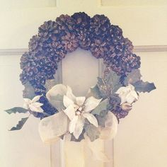 Pinecones wreath