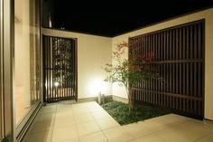 「和モダン テラス タイル」の画像検索結果 Terrace, Garage Doors, Outdoor Decor, Room, Furniture, Home Decor, Balcony, Bedroom, Decoration Home