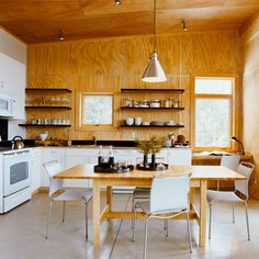 51 Great Ideas for Shelves. Thrifty choices in the kitchen of this northern Washington cabin include a mix of open shelves, plywood walls, and laminate cabinets. Plywood Interior, Plywood Walls, Plywood Ceiling, Beautiful Kitchen Designs, Beautiful Kitchens, Metal Wall Grid, Plywood Kitchen, Mini Loft, Refacing Kitchen Cabinets