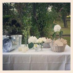 Mesa con regalos azoca bodas