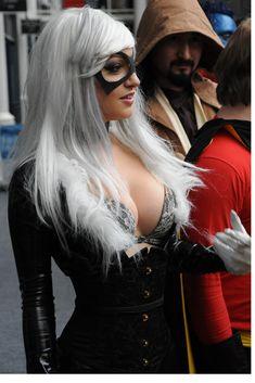 Kapow Comic Con 14 (Black Cat) | At the Kapow Comic Con, April 9, 2011, Islington, London, UK. Photo: Rob Schofield.