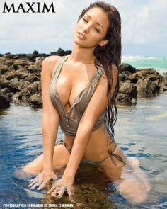 Military Pinup Girls | Salute to the U.S. Marines: Melanie Iglesias
