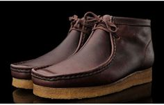 *an old classic* Clarks Wallabee Leather Boot men's fashion