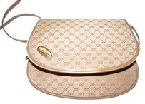 0723ff550317 Gucci Excellent Vintage Two Way Style Cb/Clutch/Shoulder Great For Everyday  High-end Bohemian Cross Body Bag