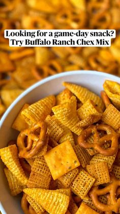 Trail Mix Recipes, Snack Mix Recipes, Spicy Recipes, Snack Mixes, Homemade Chex Mix Recipe Spicy, Chex Mix Ingredients, Honey Glazed Carrots, Banana Oatmeal Cookies, Party Snacks