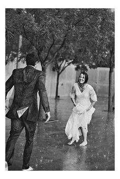Dancing in the rain - Regen tanzen – Dance in the rain – the dance - I Love Rain, Singing In The Rain, What A Wonderful World, Rainy Days, Black And White Photography, Wonders Of The World, Cute Couples, Love Story, Marie