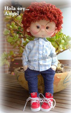 visita mi canal manualilolis Doll Clothes, Dolls, Handmade, Crochet Doll Dress, Autumn, Creativity, Scrappy Quilts, Handmade Rag Dolls, Paper Flowers Diy