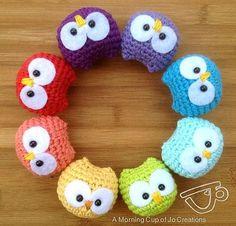 Baby Owl Ornaments free crochet pattern by Josephine Wu.