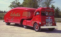 1947 White Labatt's Streamliner