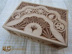 Ales the woodcarver: MTG card box