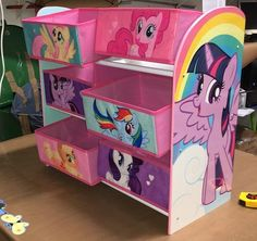 Fiesta Little Pony, Cumple My Little Pony, My Little Pony Poster, My Little Pony Comic, Little Pony Birthday Party, Baby Girl Birthday, Baby Girl Toys, Toys For Girls, Girls Bedroom Organization