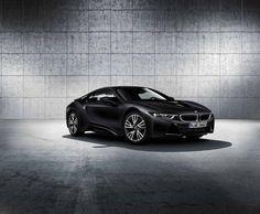 BMW i8 Protonic Frozen Black Edition.