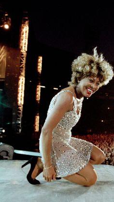 Pop Rock, Rock And Roll, Black Celebrities, Celebs, Tina Turner Proud Mary, Soul Jazz, Senior Photos Girls, Women In Music, Rock Legends