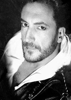 Tino Casal cantante y compositor n.en Tudela  1950+1991 (actiweb)