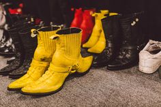 Our Best Behind-the-Scenes Snaps From New York Fashion Week Hood By Air, Ann Demeulemeester, Designer Shoes, Behind The Scenes, Fashion Accessories, Footwear, New York, Ss 17, Style Inspiration
