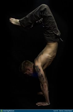 Check out the amazing Scorpion Pose by Matt Gagnon; yoga pose performed at Denver, United States on YogaTrail; the World's Yoga Network. Bikram Yoga, Ashtanga Yoga, Yoga Flow, Yoga Meditation, Yoga For Men, Male Yoga, Yoga Man, Scorpion Pose, Yoga India