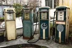 Vintage gas pumps in an abandoned gas station in Berlin, Germany Abandoned Buildings, City Buildings, Abandoned Places, Places Around The World, Around The Worlds, Berlin Photos, Vintage Gas Pumps, Filling Station, Old Churches