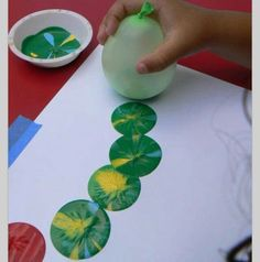 Paint with balloons