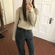 Back To Basics, Daily Look, Autumn Winter Fashion, Mom Jeans, Aesthetics, Photo And Video, Fall, Clothing, How To Wear