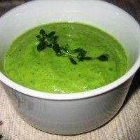 Courgette is een groente soort die niet vaak gebruikt wordt. Echter in de Marokkaanse keuken wordt het vaak gebruikt, al dan niet in een groenten tajine of bij gestoofd vlees. Hieronder is het recept van een courgette puree beschreven, deze kan heerlijk...