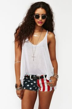 "a very ""lieutenant dan"" fourth of july outfit that I need."