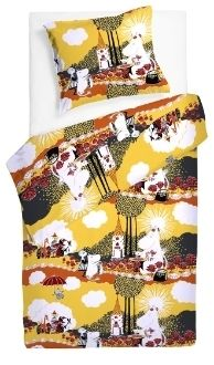Moomin Duvet Cover Pillow Case Roses Yellow 120 x 160 cm Finlayson Joko, Bed Linen Sets, Cool Baby Stuff, Soft Furnishings, Little Princess, Fabric Patterns, Linen Bedding, My Dream Home, Norman