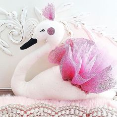 for those that has been asking about my swans they will go back online tomorrow…