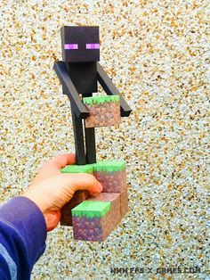 Large Minecraft Enderman - printable papercraft character