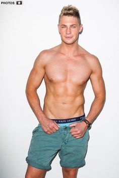 Celebrity Big brother winner Scotty T has boasted that he's had a six girl bedroom orgy! The Celebrity Big brother winner Scotty T boasted he once slept with six girls in six hour Big Brother Winners, Scotty T, Six Girl, Geordie Shore, Celebrity Big Brother, Man Crush Monday, Reality Tv, Mtv, Pop Culture