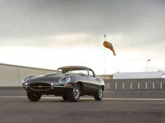 15 Ridiculously Sexy Photos Of A 1965 Jaguar E-Type - Airows Classic Motors, Classic Cars, My Dream Car, Dream Cars, Enjoy Car, Jaguar E Type, Ferrari, Automobile, Vehicles