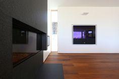 Wohnhaus Altmünster - Entwurf FISCHILL Architekt Flat Screen, Mockup, Homes, House, Blood Plasma, Flatscreen, Dish Display