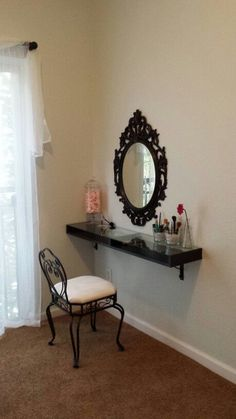 17 DIY Vanity Mirror Ideas to Make Your Room More Beautiful I've been spotting some fantastic DIY vanity mirror recently. Here are 17 ideas of DIY vanity mirror to beautify your room Diy Vanity Mirror, Vanity Shelves, Vanity Room, Vanity Ideas, Mirror Ideas, Bathroom Shelves, Ikea Mirror, Mirror Bathroom, Mirror Set