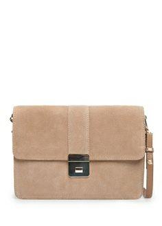 MANGO - NOWOŚCI - Przewieszana torebka z zamszu #bag