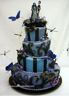 I love non traditional wedding cakes drdoolittle15