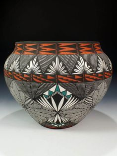 ACOMA PUEBLO POTTERY BY JAY VALLO