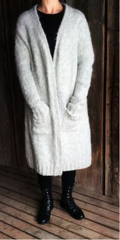 Ravelry: Jura pattern by Joanna Ignatius Crochet Cardigan, Knit Crochet, Cardigans, Sweaters, Fur Coat, Style Inspiration, Jackets, Ravelry, Knapper