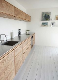 Top Useful Tips: Modern Minimalist Kitchen Cupboards minimalist home essentials list.Boho Minimalist Home White Walls minimalist kitchen ideas minimalism. Modern Kitchen Design, Interior Design Kitchen, Kitchen Designs, Kitchen Ideas, Kitchen Layouts, Interior Ideas, Interior Rugs, Eclectic Kitchen, Pantry Ideas
