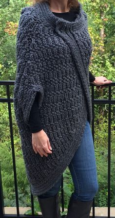 Free Knitting Pattern of Cocoon Cape - Quick knit in super bulky yarn. Women's S/M (L/1X, 2X/3X). Pictured project by Moxiewaffles