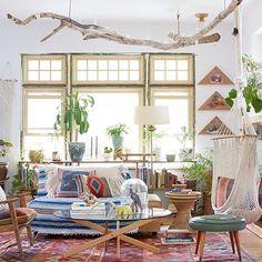 Credit @em_henderson #STYLEDthebook @emilykatz house. Photo by @davidtsay #interior #interiordesign #furniture #home