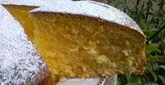 Pan di Spagna soffice e morbido-Dolci Passioni   Dolci Passioni6 uova 250 g di amido di mais 250 g di zucchero 1 bustina di lievito per dolci 1 pizzico di sale, la buccia grattugiata di un limone