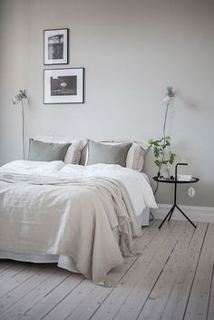 9 Spiritual ideas: Minimalist Home Design Floor Plans minimalist bedroom diy doors.Bohemian Minimalist Home Lights ultra minimalist interior woods.Minimalist Home Modern White Walls. Bedroom Inspo, Home Bedroom, Modern Bedroom, Bedroom Decor, Bedroom Ideas, Bedroom Designs, Natural Bedroom, Gray Bedroom, Calm Bedroom