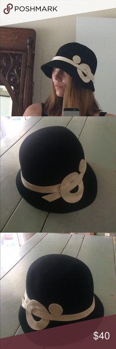 Black and White Vintage Style Bucket Hat Black and White Vintage Style Bucket Hat Accessories Hats