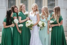 Matt Shumate Photography wedding bride and bridesmaids portrait in green modest dresses at the Columbia River LDS Temple in Richland Tri-cities, WA