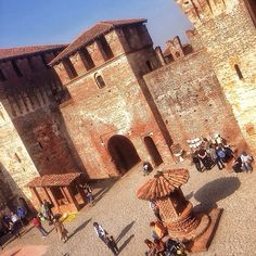 If you're into castles, don't miss the one in Soncino, only 65km from Milan - Instagram by 1step2theleft