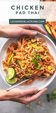 Thai Recipes, Chicken Recipes, Food Dishes, Main Dishes, Crumb Recipe, Good Food, Yummy Food, 30 Minute Meals, Favorite Recipes