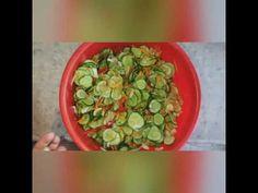 Jak zrobić SAŁATKĘ Z OGÓRKÓW???? - YouTube Sprouts, Vegetables, Youtube, Food, Essen, Vegetable Recipes, Meals, Youtubers, Yemek
